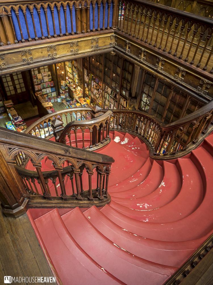 Porto Where to Shop, Livraria Lello, red staircase, harry potter library