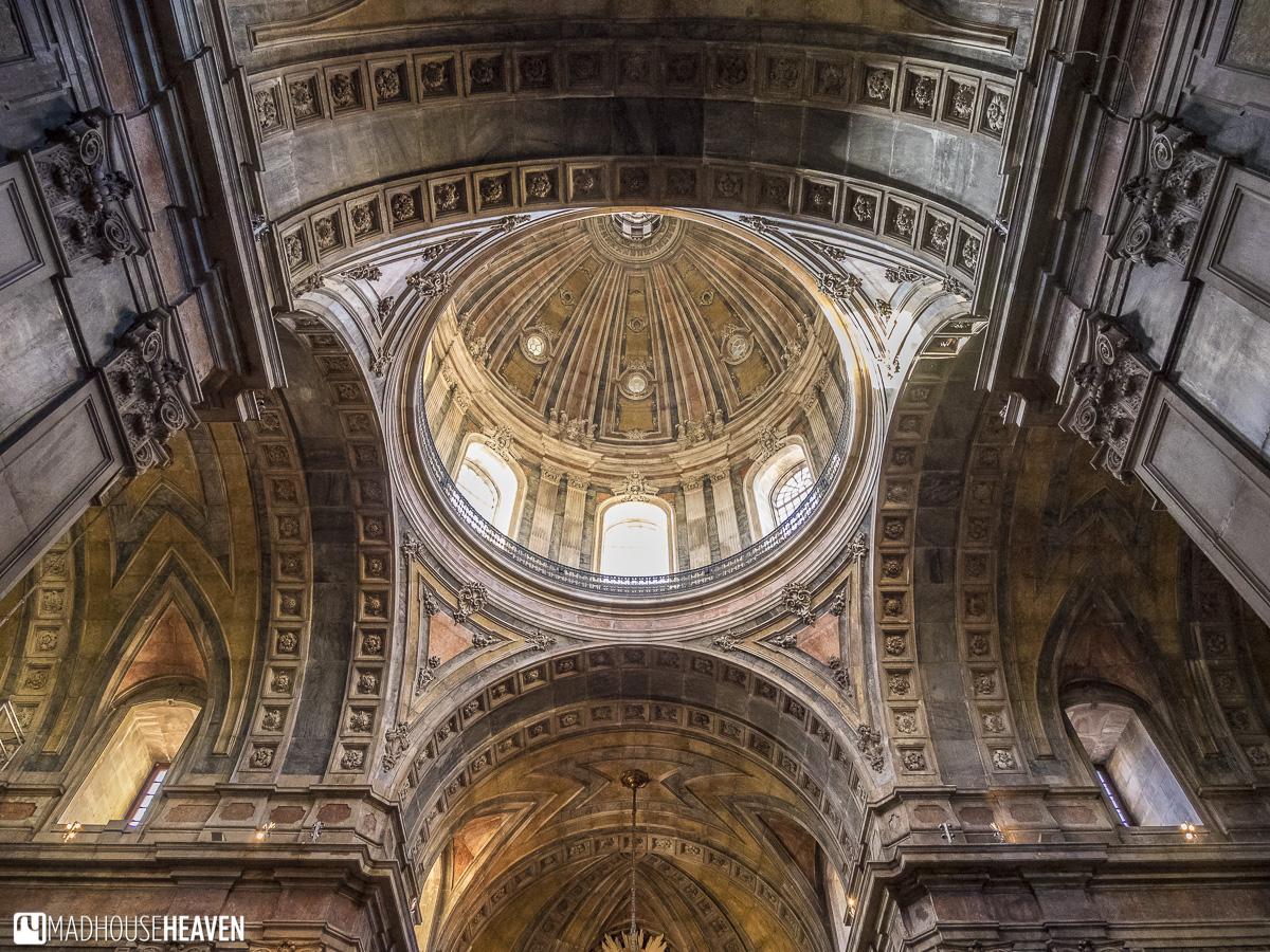 coloured pink marble interior of the Basilica da Estrela - churches in lisbon