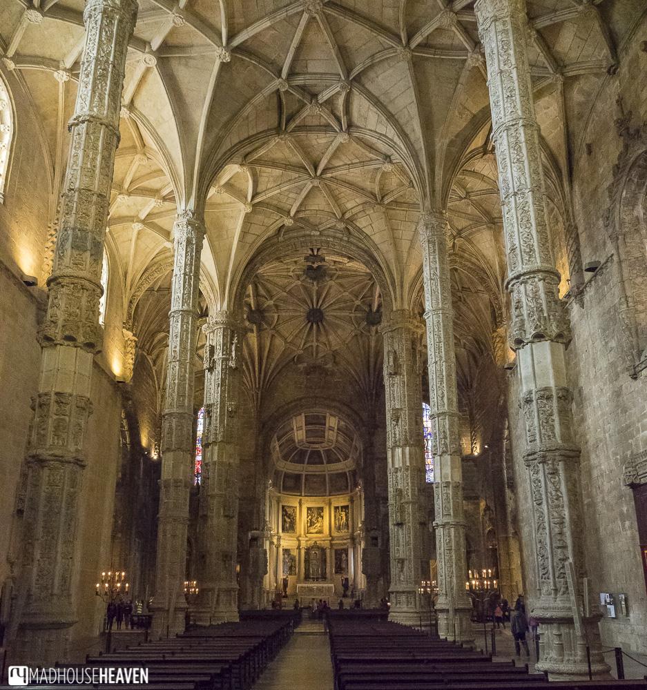 Manueline columns in Church of Santa Maria, Jerónimos Monastery - churches in Lisbon