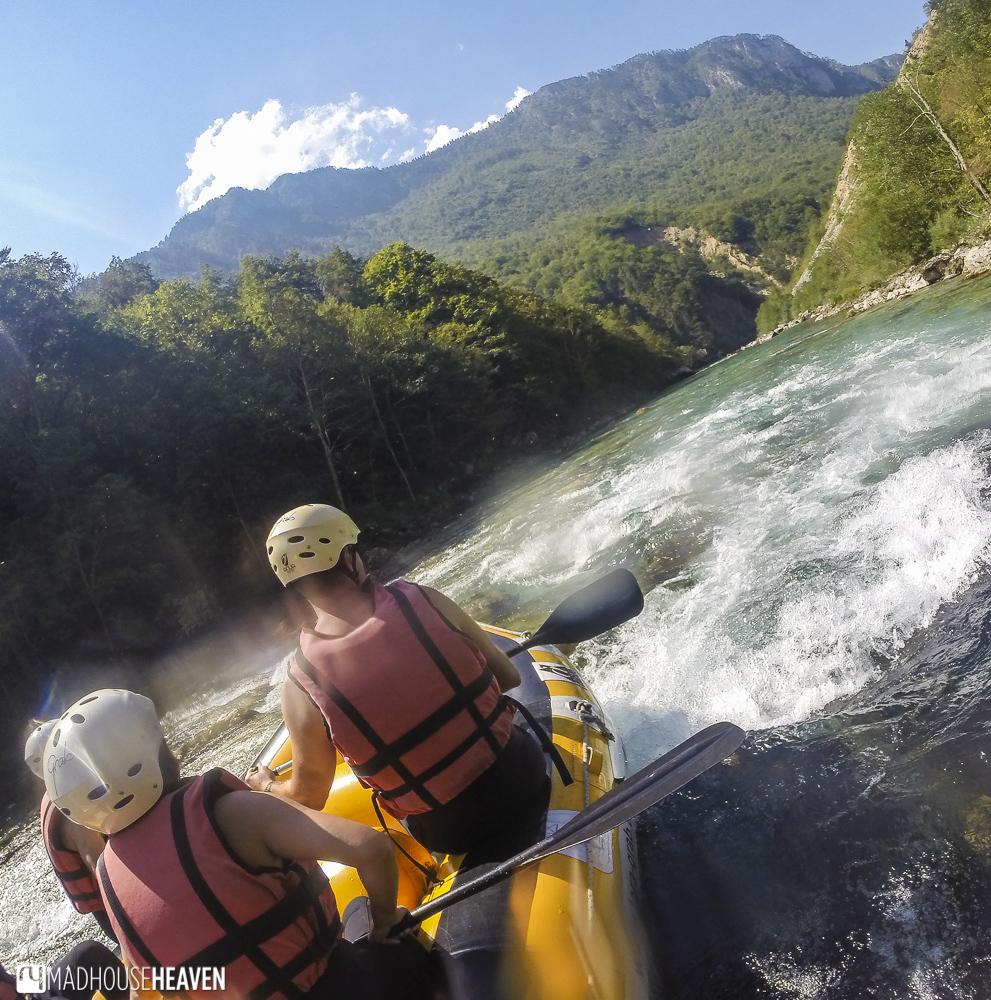 Rafting in Tara Canyon