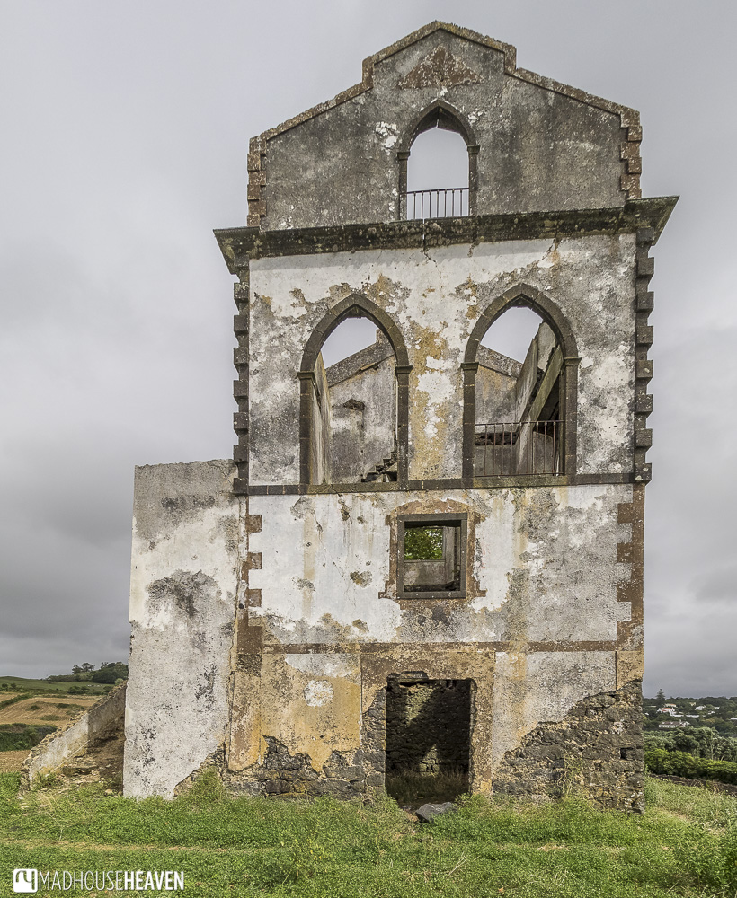 azores sao miguel abandoned fortress
