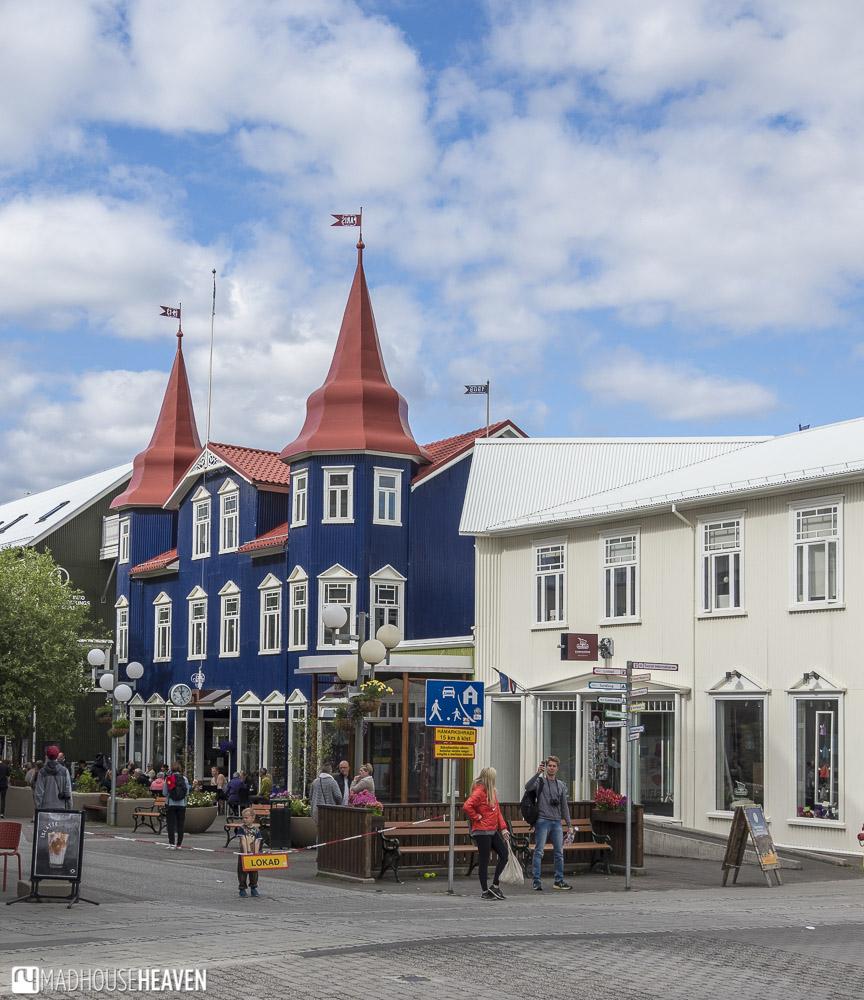 Iceland, Akureyri, Shopping street near the artic circle