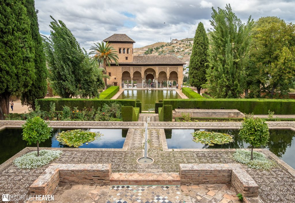View of the Palacio del Partal in the Alhambra gardens