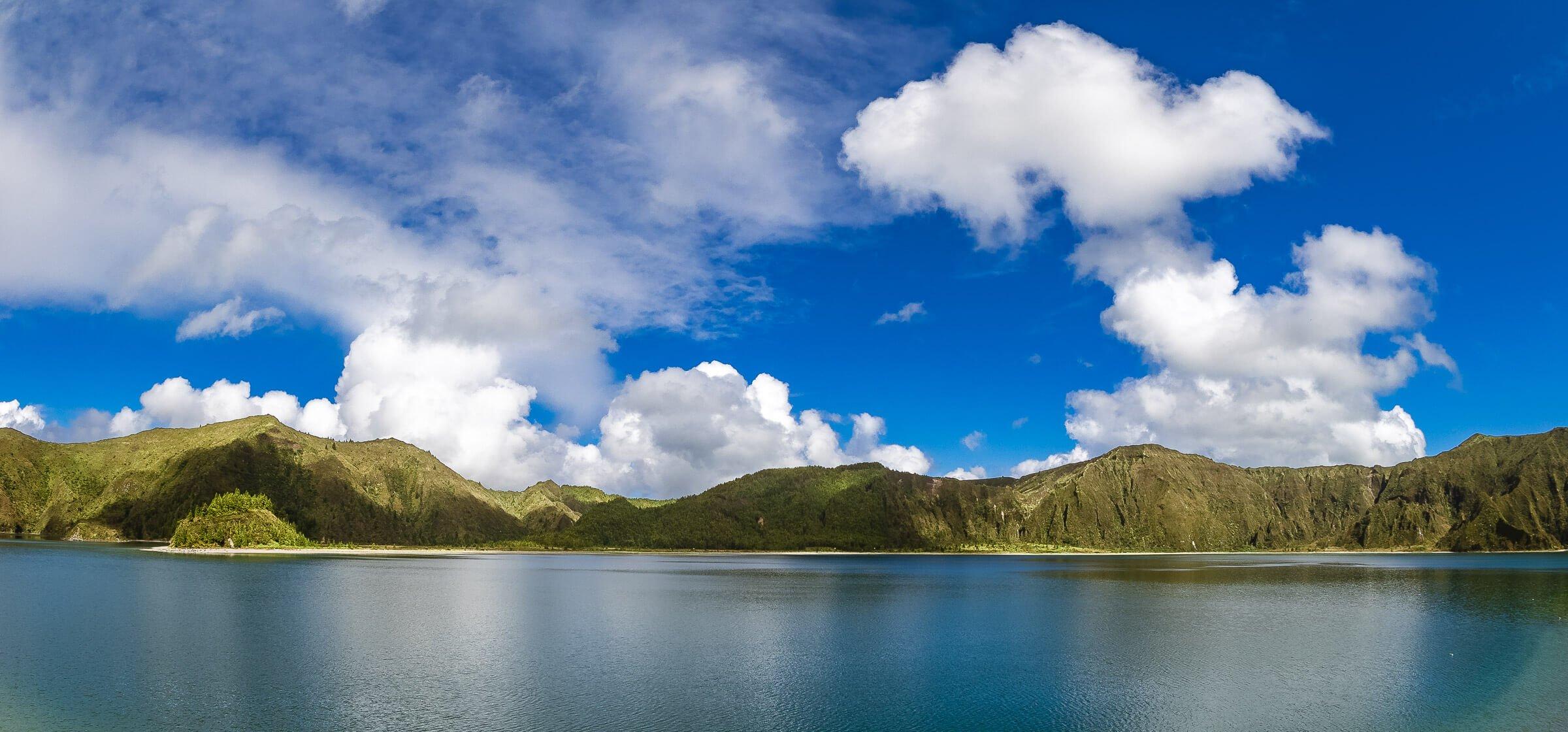 Fire Lake, Lagoa de Fogo, on Sao Miguel, the Azores, Portugal